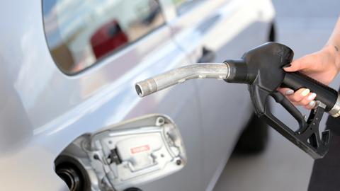 Analitycy spodziewają się spadku cen na stacjach paliw