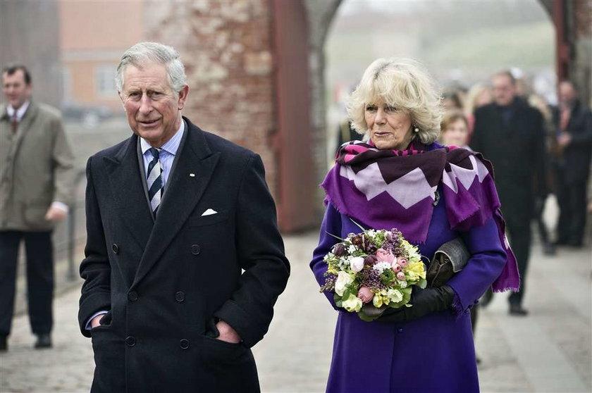 Księżna wycelowała w następczynię tronu i... bach!