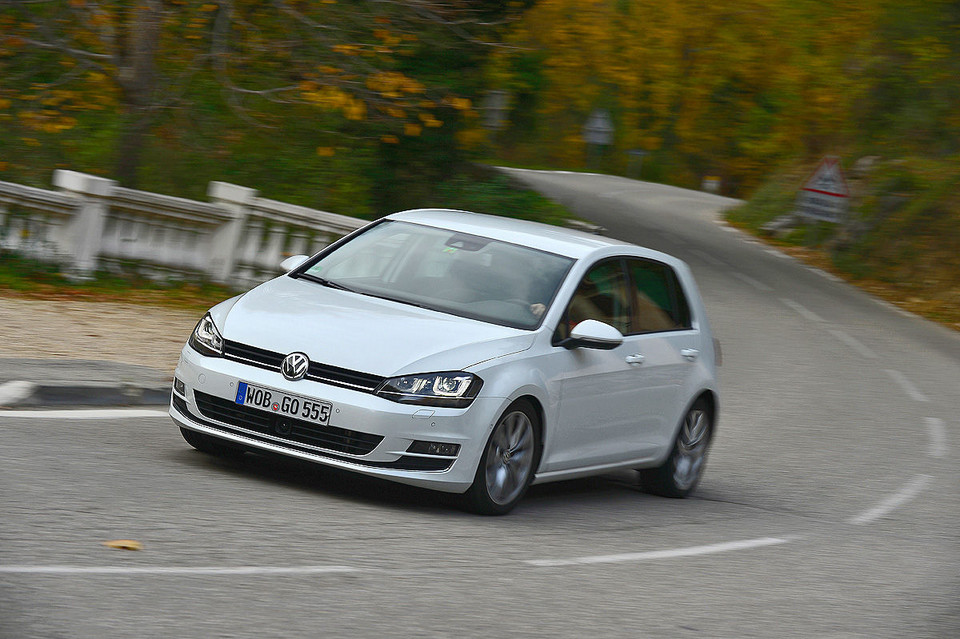 VW Golf 2.0 TDI BlueMotion Technology Highline (150 KM)