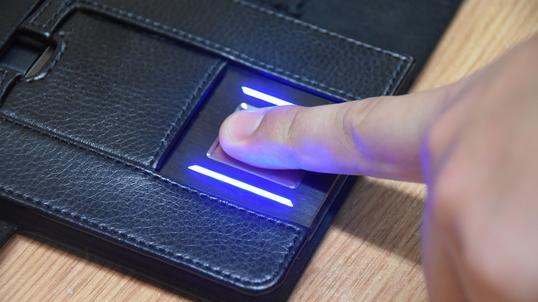 cd0a25a599b721 Badanie rynku wskazuje, że blisko połowa e-konsumentów chce biometrycznego  uwierzytelniania płatności