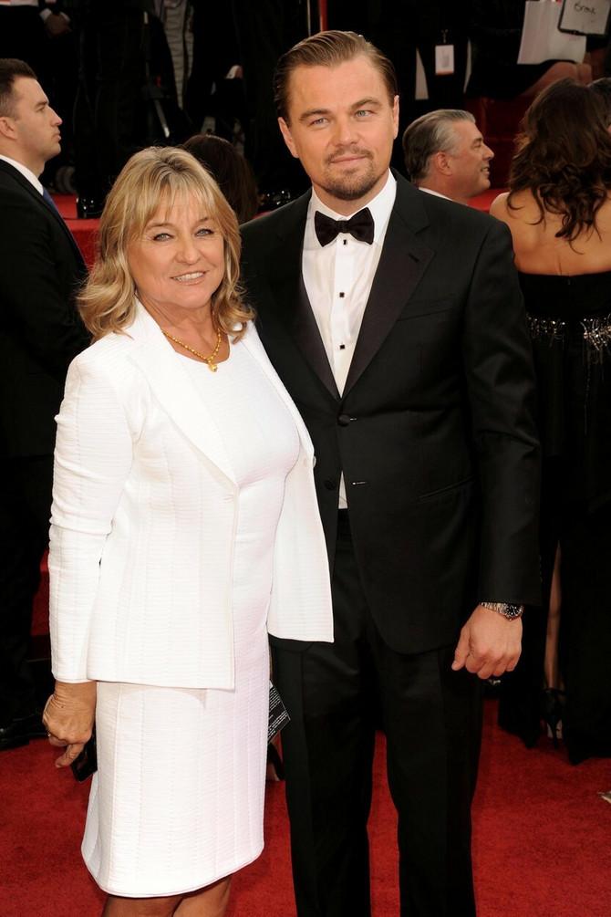 Leo sa mamom