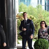 STIGAO I MLADOŽENJA Miloš Ivanović užurbanim korakom ušao u hotel