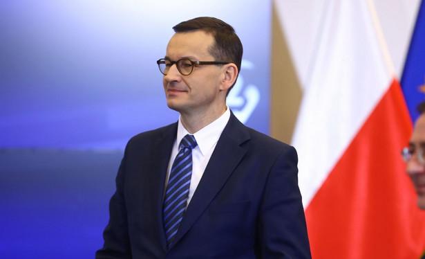 Premier Mateusz Morawiecki 10 kwietnia chce być i w Smoleńsku i w Katyniu. W tej chwili kancelaria analizuje możliwości przygotowania takiego wyjazdu – powiedział szef KPRM