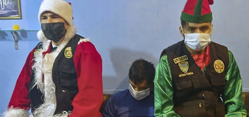 Święty Mikołaj i elf aresztowali dilera. Nietypowa akcja policji. WIDEO