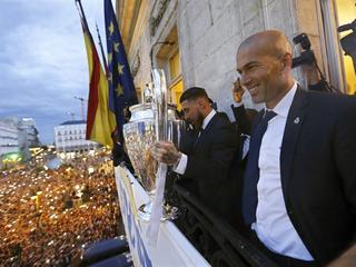 Real Madrid coach Zinedine Zidane steps down