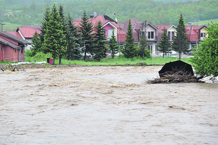 poplava kosjeric 2014 1 foto Vladimir Lojanica