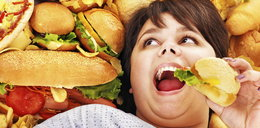 Unikaj tych potraw! Zwiększają ryzyko raka piersi