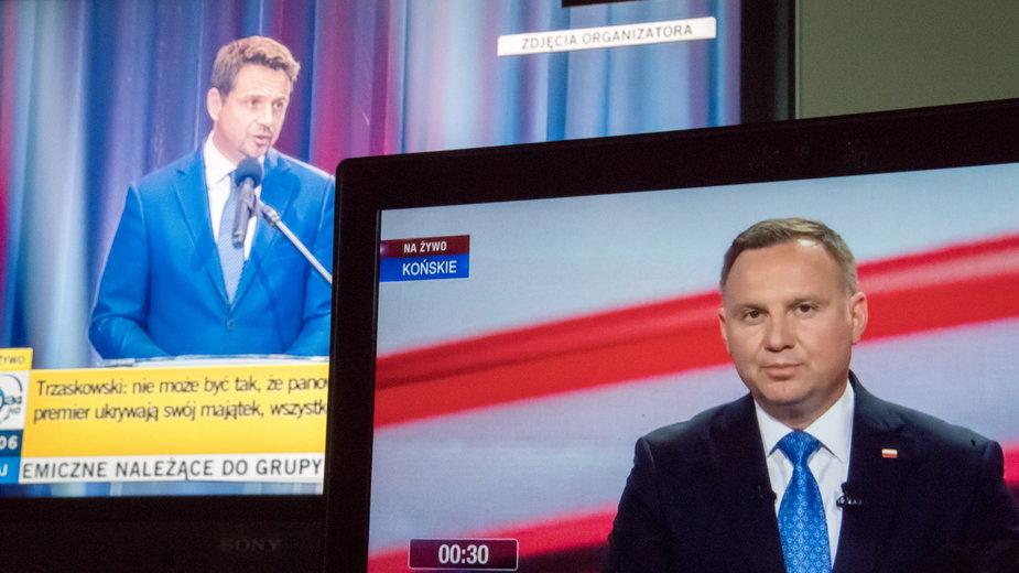 """Są wyniki oglądalności """"debat"""" Dudy i Trzaskowskiego"""
