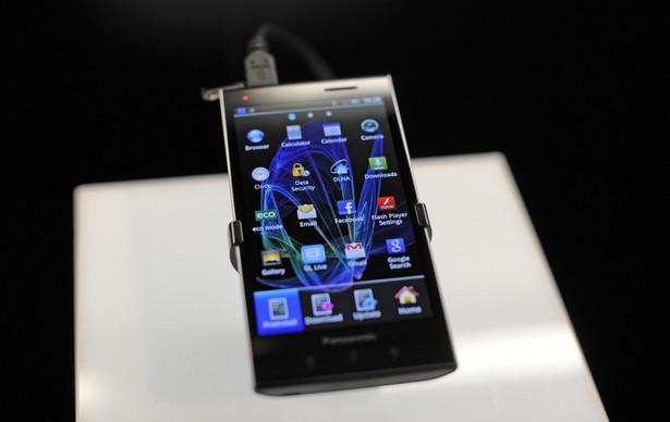 W zeszłym roku w Polsce sprzedano ponad 3 mln smartfonów, na rynku jest ich aktywnych ponad 6 milionów.