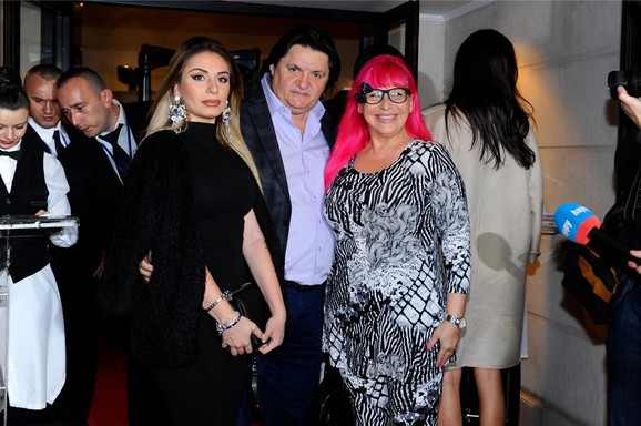 Zorica Brunclik sa mužem i ćerkom