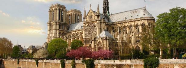 2. Katedra Notre Dame w Paryżu. 13,6 mln odwiedzających.