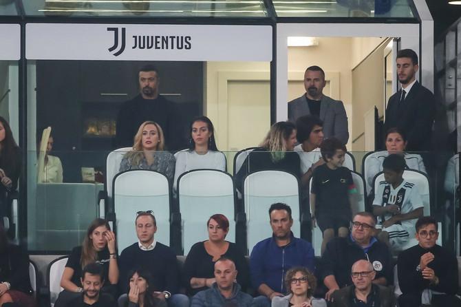 Ivana i Georgina Rodrigez na utakmici Juventusa za koji igra Ronaldo 2018. godine