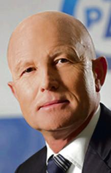 Andrzej Klesyk do 8 grudnia kierował PZU, największą polską firmą ubezpieczeniową. Zarobił w niej 2970 tys. zł. Jego następca Michał Krupiński został powołany na stanowisko 19 stycznia br.