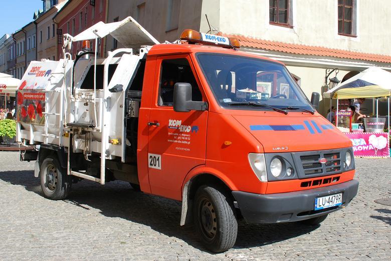 Lublin 3, wyprodukowany pod zarządem spółki Intrall, nazdjęciu w wersji używanej dooczyszczania miasta Lublina.