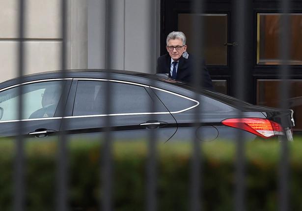 Szef sejmowej komisji sprawiedliwości poseł PiS Stanisław Piotrowicz w drodze na spotkanie z wiceszefem Kancelarii Prezydenta Pawłem Muchą w Pałacu Prezydenckim.