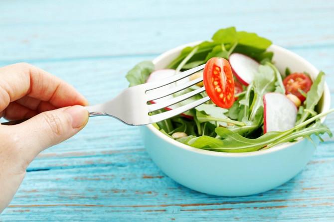 Uživajte u paradajzu, ali i u kombinaciji povrća i jezgrastog voća