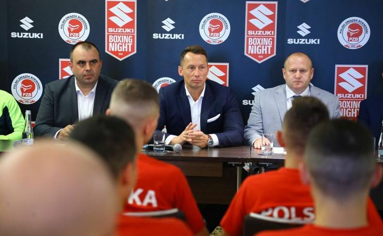 """Po raz pierwszy od ponad pół wieku polscy pięściarze zmierzą się w meczu towarzyskim z Bułgarią. Spotkanie w ramach cyklu """"Suzuki Boxing Night"""" rozegrane zostanie w piątek o godz. 16.30 w stołecznym hotelu Hilton. Odbędzie się osiem walk"""