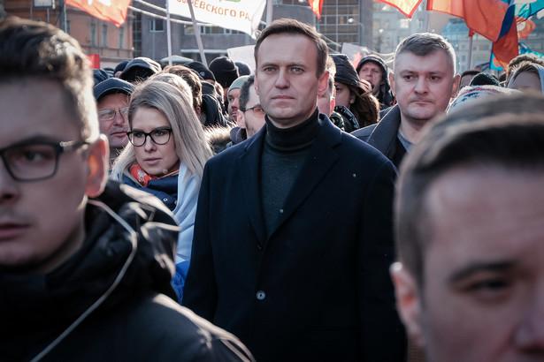 Nie jest jasne, w ramach jakiej sprawy karnej zadecydowano o rewizji - dodał Żdanow.