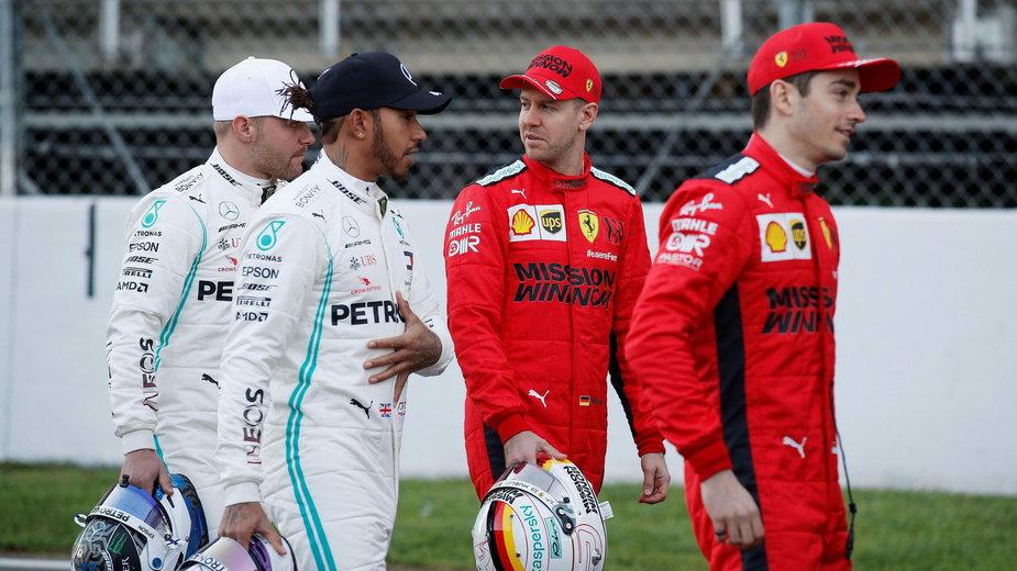 Valtteri Bottas, Lewis Hamilton (Mercedes), Sebastian Vettel i Charles Leclerc (Ferrari)