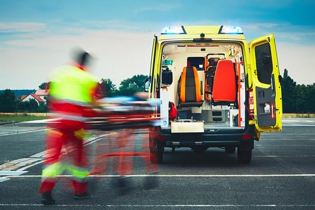W tej chwili o sprawach ratowników często decydują samorządy lekarzy i pielęgniarek