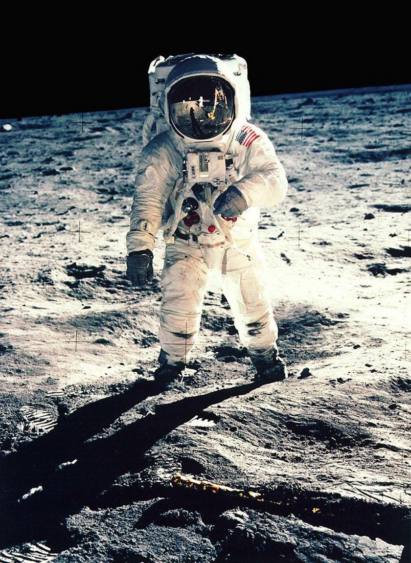 Nietypowe ogłoszenie matrymonialne. Poszukiwana partnerka do lotu na księżyc