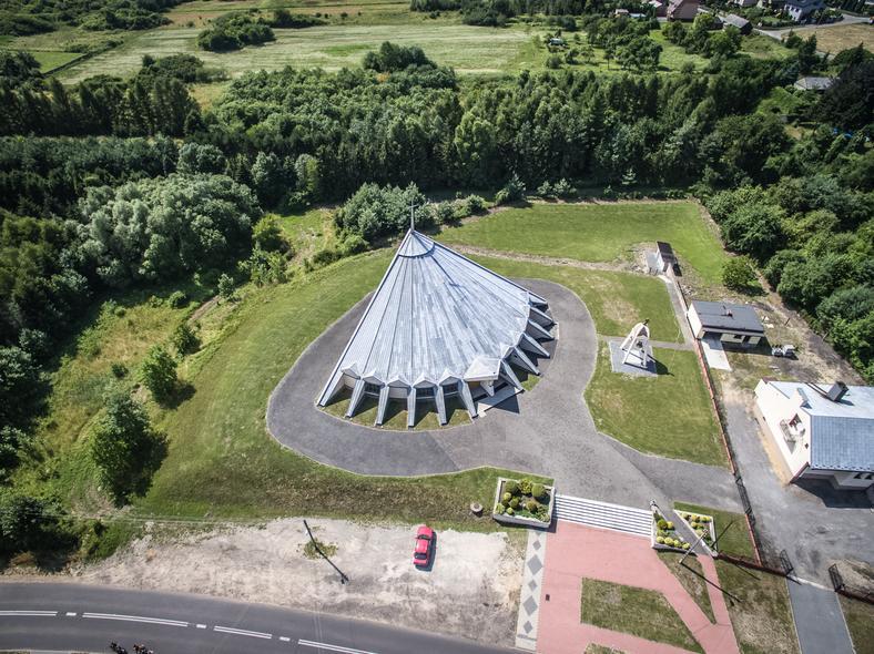 Kościół świętej Barbary Dziewicy i Męczennicy w Rudnikach, w Śląskiem, fot.: Igor Snopek