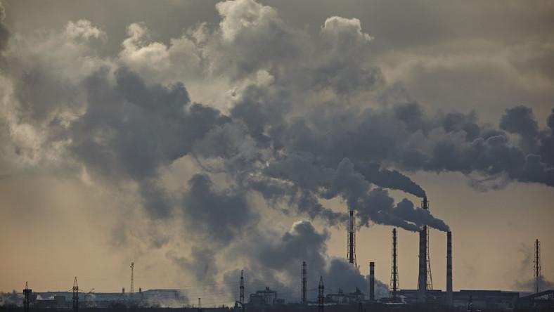 Kominy, zanieczyszczone powietrze