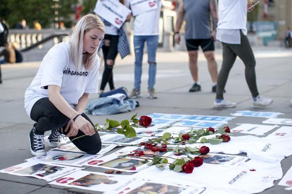 Bombaš samobica je na koncertu u Mančesteru ubio 22 ljudi