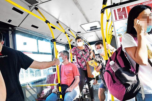 Javni prevoz je gotovo na početku označen kao jedno od najrizičnijih mesta zaraze virusom korona