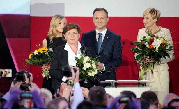 Wybory parlamentarne odbędą się w październiku. Mówi się, że Beata Szydło odpowiada za sukces wyborczy Andrzeja Dudy