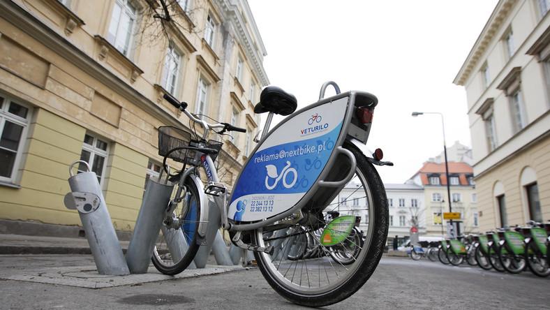 Pijany burmistrz Białołęki na miejskim rowerze. Jest dymisja
