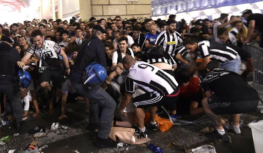 Football Soccer - Juventus v Real Madrid - UEFA Champions League Final - San Carlo Square, Turin