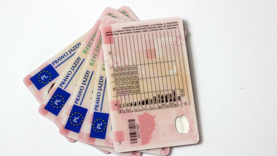 Wymiana prawa jazdy i nowe przepisy. Co należy wiedzieć?
