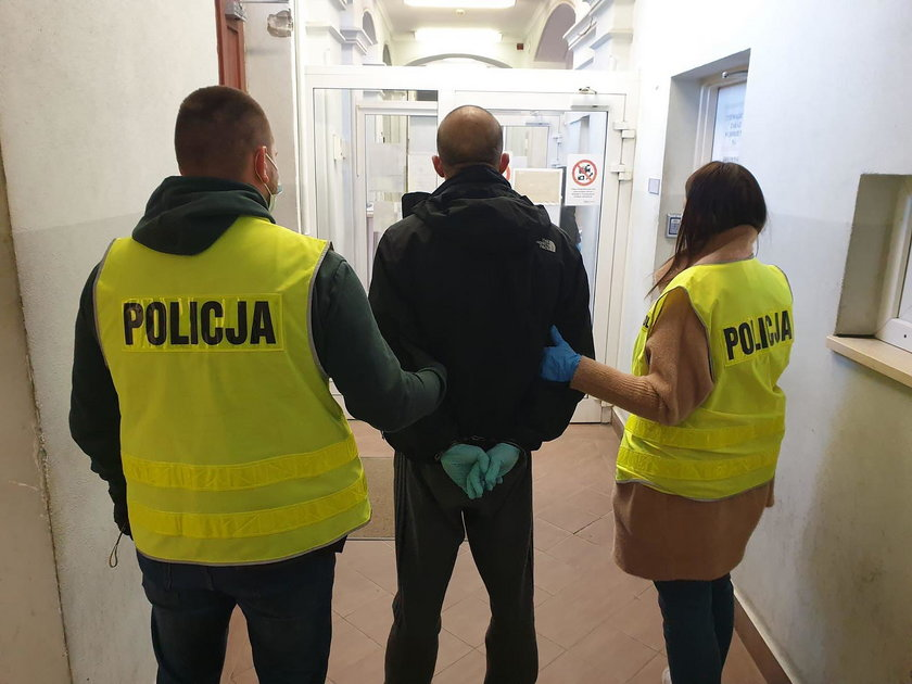Olsztyn: Napad na skup złomu. Złodzieje pobili dozorcę