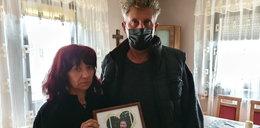 Policjanci mówili, że 30-latek zmarł po leku uspokajającym. Rodzice są wściekli: Oni udusili nam Tomka!