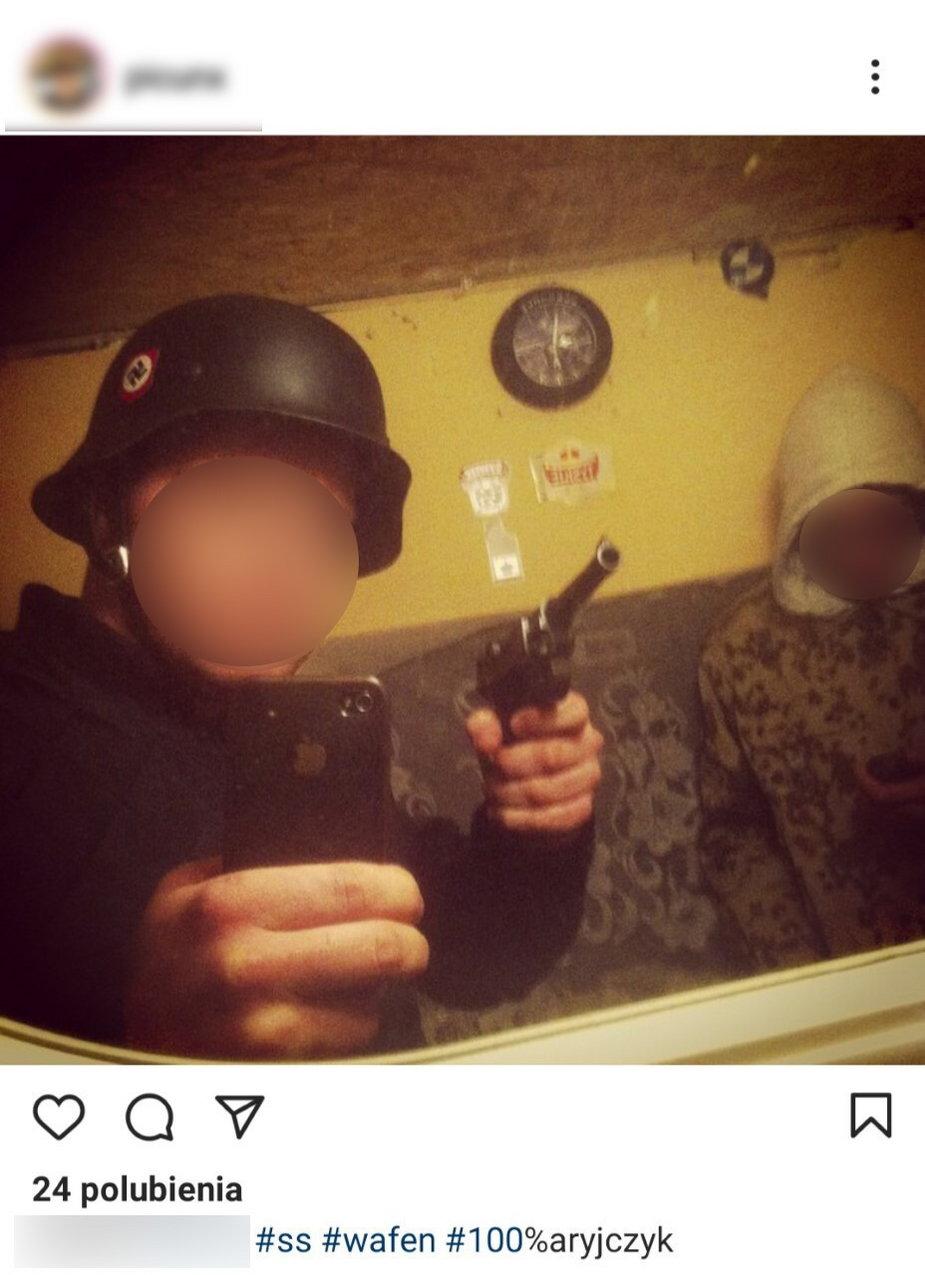Zdjęcie, które w 2014 roku zamieścił na Instagramie obecny żołnierz 7 PBOT ppor. B.
