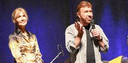 Chuck Norris zrezygnował z kariery. Walczy o zdrowie żony