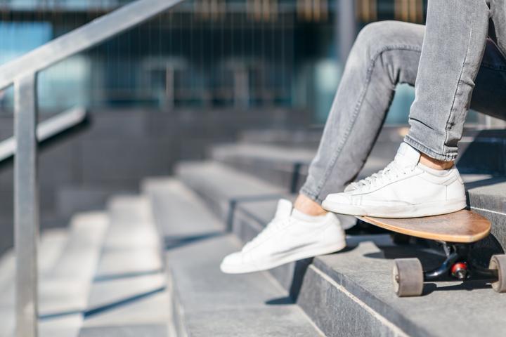 Jakie sneakersy męskie wybrać? Przegląd modeli na wiosnę-lato 2021