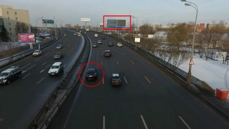 Billboardy uzależnią treść od przejeżdżających samochodów