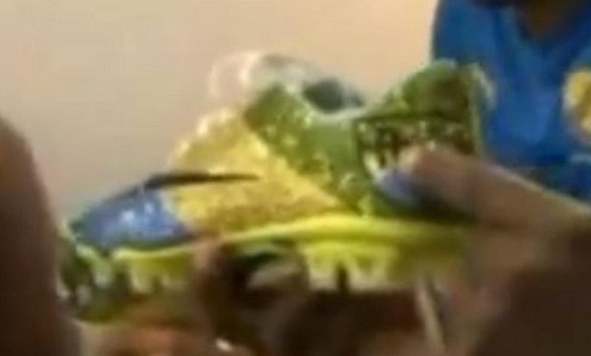 Kupił kryształowe buty za 12 tys. zł