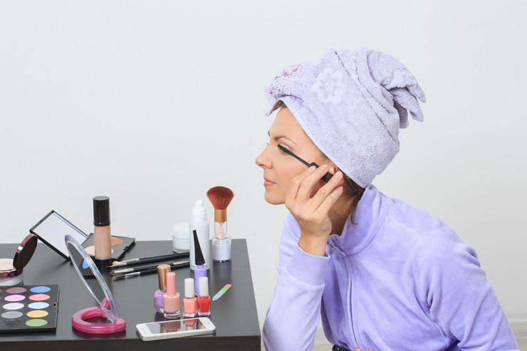 kucni otrovi05 kozmetika foto profimedia
