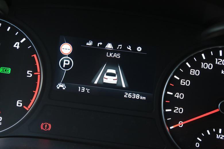 Pomagają czy denerwują - 10 systemów wspierających kierowcę