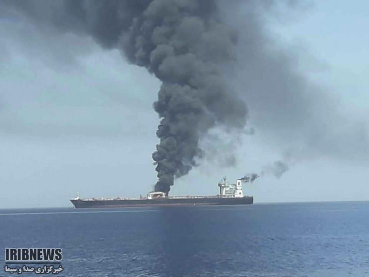 Oman, tanker, požar