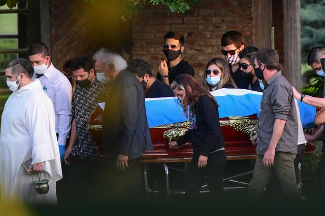 """Dijego Maradona sahranjen na """"Bala visti"""""""