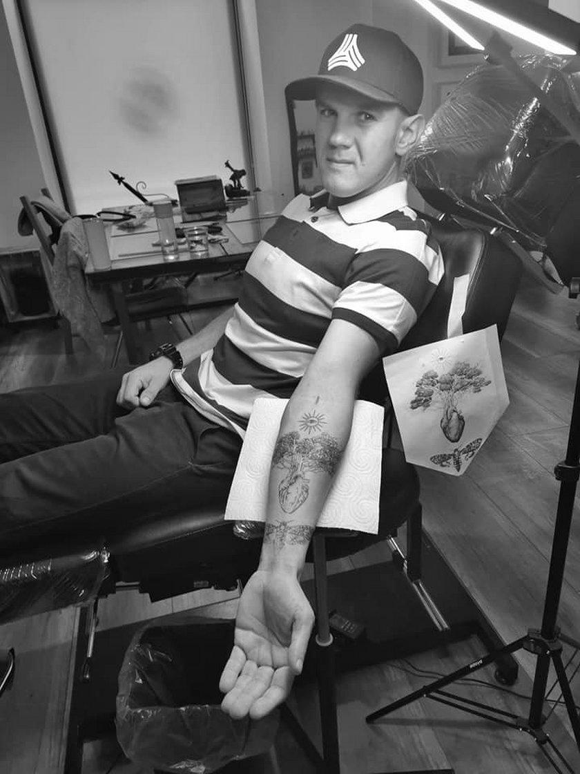 Rysunek z kamienicy stał się... tatuażem