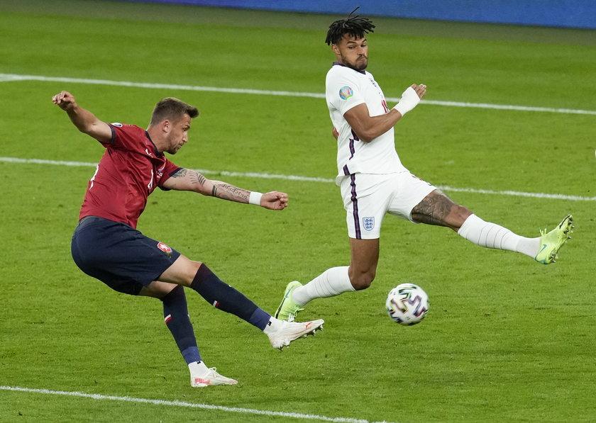 Jego reprezentacja po dramatycznym meczu o ćwierćfinał przegrała z Hiszpanią.