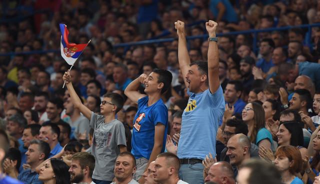 Rados navijača na meču Srbija - Litvanija