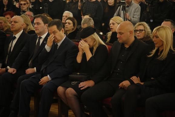 Porodica Šabana Šaulica u suzama