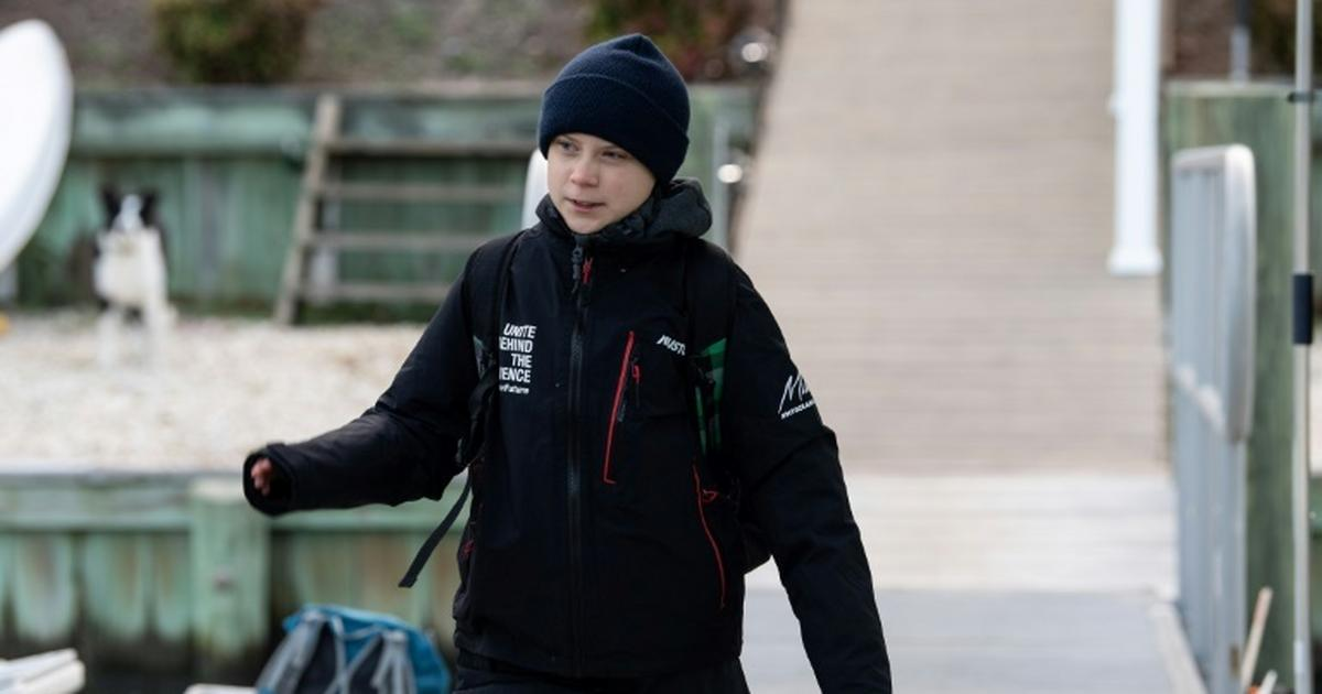 Greta Thunberg sails to Europe, sets course for UN climate summit