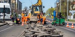 Uważaj na utrudnienia na Dąbrowskiego